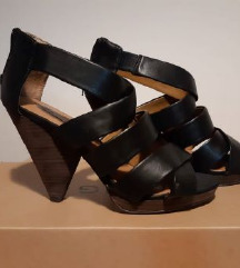 Sandale, Mango