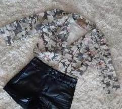 Camo print traper jakna