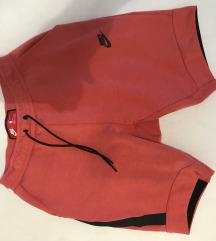 Nike nove kratke hlačice, više modela na profilu!