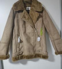 Nova stradivarius jakna
