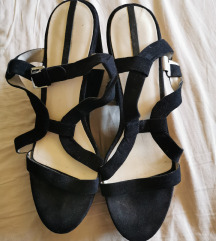 Zara sandale na punu petu