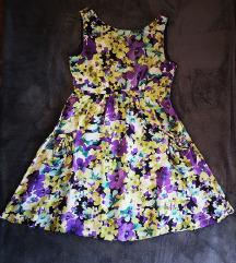 Snižena % Predivna cvjetna haljina %
