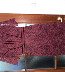 True čipkasta haljina