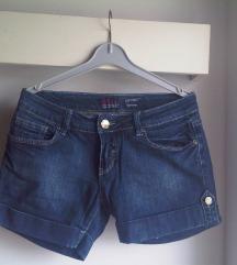 Kratke traper hlačice v. M/L