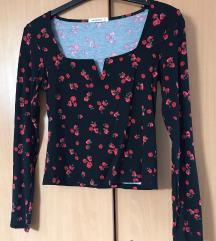terranova majica s ružama 🌹 (PT UKLJ)