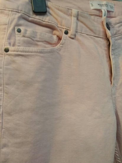 Ružičaste traper hlače