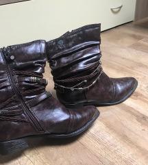 Smeđe kaubojske čizme