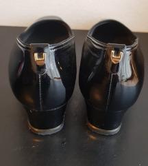 Ara crne lakirane cipele
