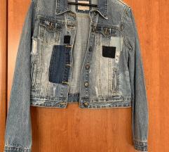 Traper jakna sa zakrpama
