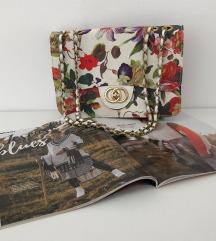 BIJELA torba sa cvjetnim uzorkom