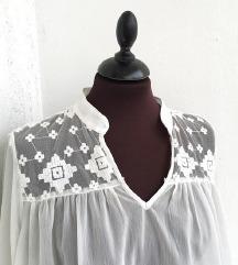 ONLY bijela svečana bluza / izvezena